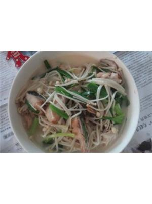 金针菇鱼头汤