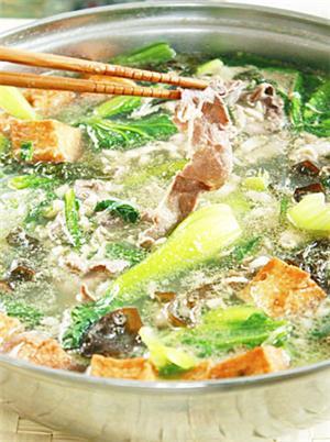 肥牛青菜煲