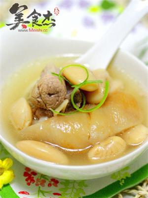 白云豆肘子汤