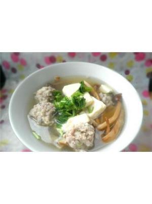 茶树菇肉丸汤