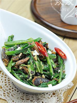豆豉沙丁鱼油麦菜